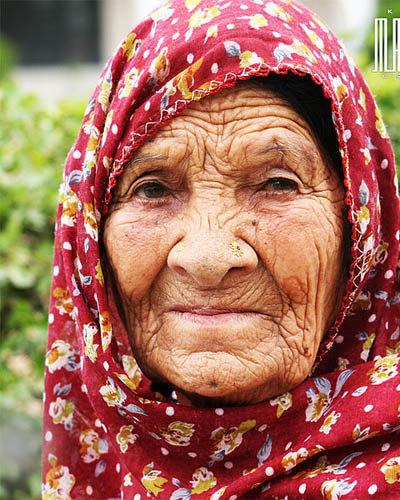 elderly_woman_of_Swatx